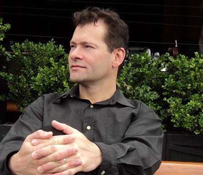 Revista Compromiso: Entrevista a Gustavo Sterczek